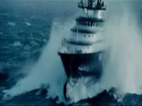 Tug Boat Horn Youtube by Ships In Storm Incredible Video Youtube