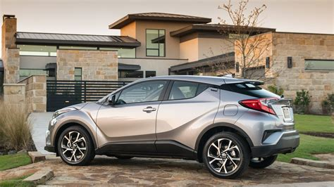 Which Small Suv Has The Best Gas Mileage the 10 most fuel efficient non hybrid electric suvs for