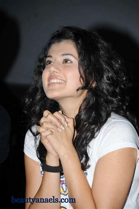 South Angels Xxx Bollywood Actress Tapsee Wallpapers