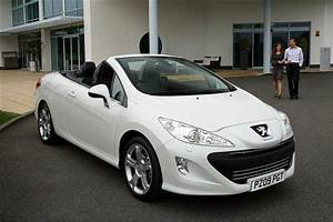 Peugeot 308 2009 : peugeot 308 cc 2009 2014 used car review car review rac drive ~ Gottalentnigeria.com Avis de Voitures