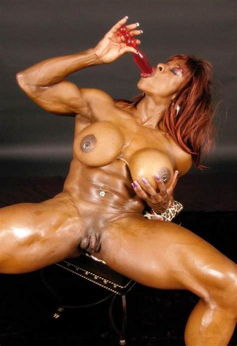 Hot Female Bodybuilders Posing And In Action Pichunter