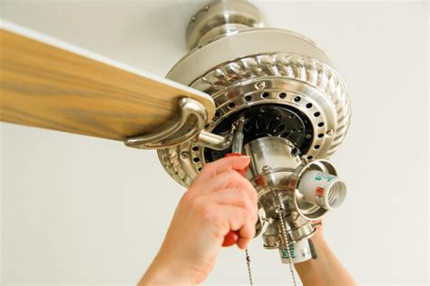 painting ceiling fan blades how to paint a ceiling fan how tos diy
