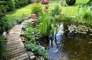 Kleine Gartenteiche Beispiele : gartenteich ~ Whattoseeinmadrid.com Haus und Dekorationen