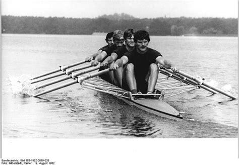 Sculling Oar Boat by Scull