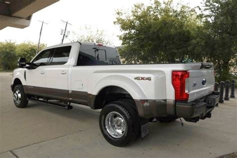 miles  ford   king ranch lifted  sale