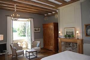 Deco Maison Avec Poutre : chambre bleue chateau des arpentis ~ Zukunftsfamilie.com Idées de Décoration
