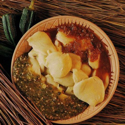 cuisine ivoire kabatôh tôh de mais à la sauce gombo ivorian food cote d 39 ivoire ivory coast
