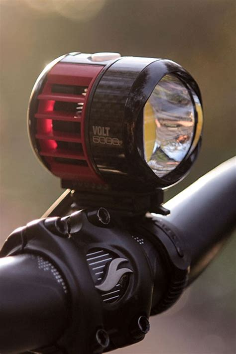 volt lighting reviews cateye volt 6000 bike light review tredz 3298