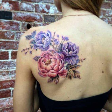 foto de Tatouage pivoine dans le dos 15 idées de tatouages