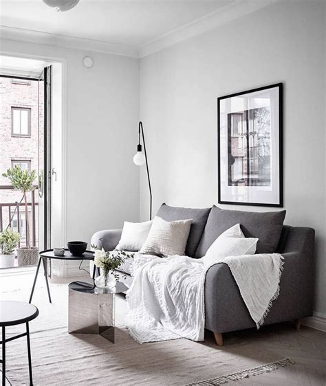 small apartment ideas  ways    tiny living room
