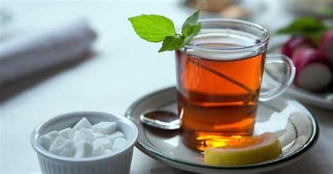 membuat teh manis  bahasa inggris  artinya