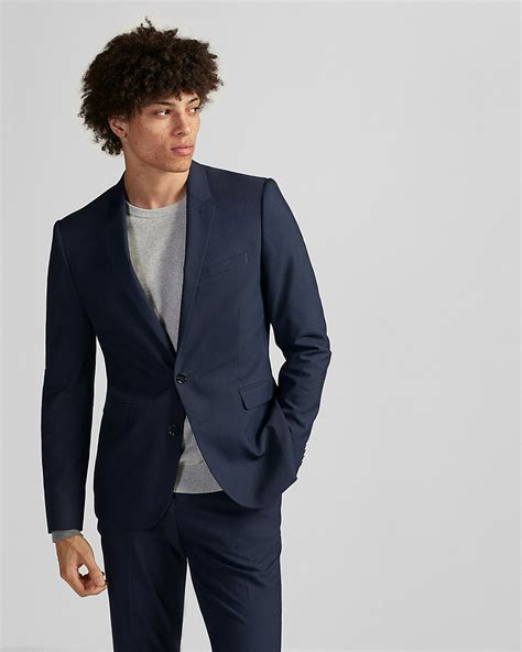 Navy suits are so versatile, so you're in luck! What to wear with a navy blue suit