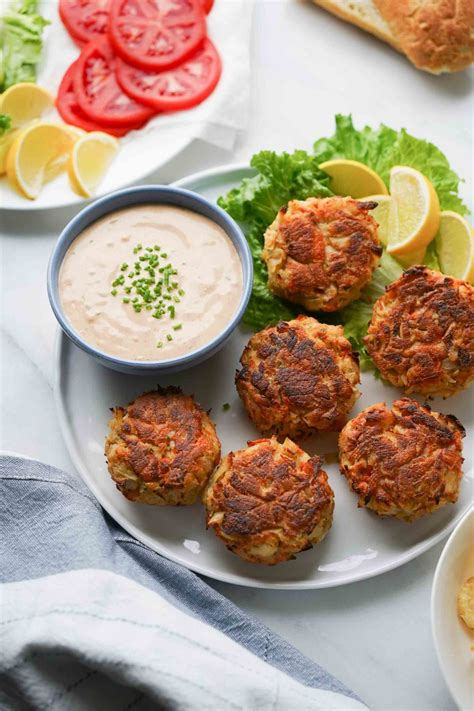 I was in wegmans, and i walked by one of the most beautiful. Crab Cake Sauce (Easy Remoulade Sauce for Crab Cakes) - Hungry Huy