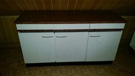 Alte Küchenschränke Verschenken by 228 Lterer Gut Erhaltener K 252 Chenschrank Zu Verschenken Er Ist