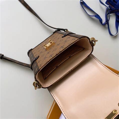 louis vuitton monogram canvas phone holder mini bag  monogram  kd