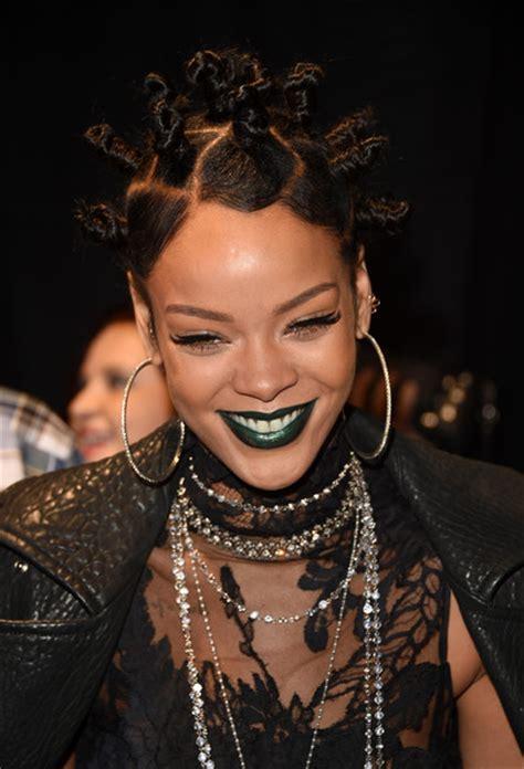 DIY: Get the Look Rihanna's Bantu Knots Kamdora