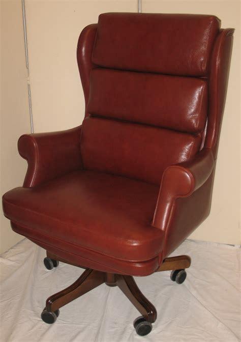 chaise et fauteuil de bureau fauteuil bureau cuir chaise de bureau bois lepolyglotte