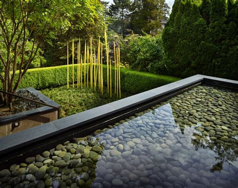 Garden Minimalist by A Look At Dale And Leslie Chihuly S Minimalist Garden