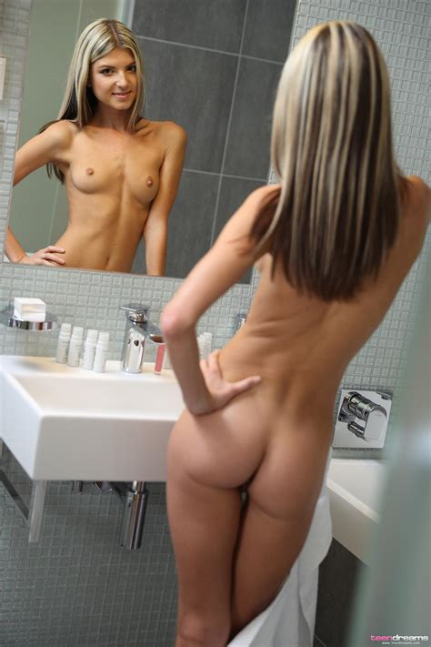 Gina Gerson Gets Naked And Masturbates In The Shower
