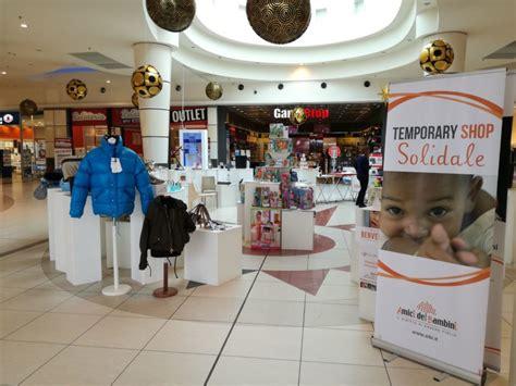 Centro Commerciale Le Cupole by Il Quot Temporary Shop Quot Di Ai Bi Corner Solidale Per Un