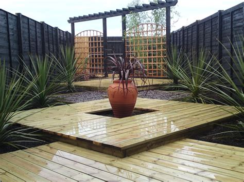 5 garden decking ideas for the most pleasant and relaxing