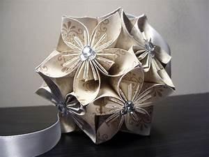 origami fleur maitrisez la technique de cet art creatif With affiche chambre bébé avec fleur de lys bouquet