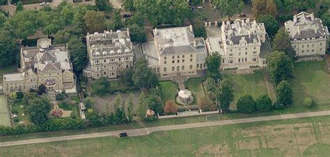billionaire mansions of londons kensington palace gardens
