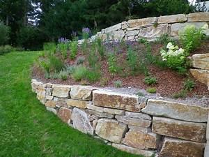 Natursteinmauern Im Garten : natursteinmauern steintreppen eolas gartengestaltung ~ Markanthonyermac.com Haus und Dekorationen