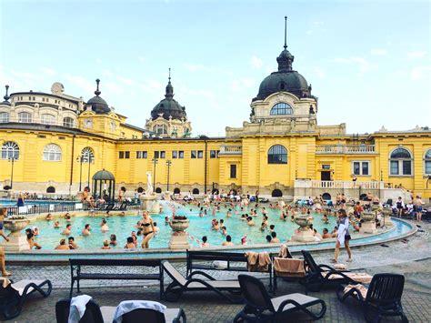 bains de si e top 5 des bains thermaux à budapest avis et conseils d