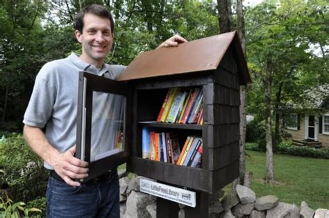 South Knoxville Man Puts Little Free Library In Frontyard