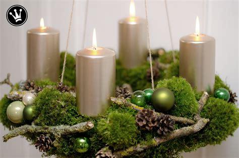Adventskranz Zum Selber Machen by Diy Adventskranz Aus Moos Zweigen Zapfen Und