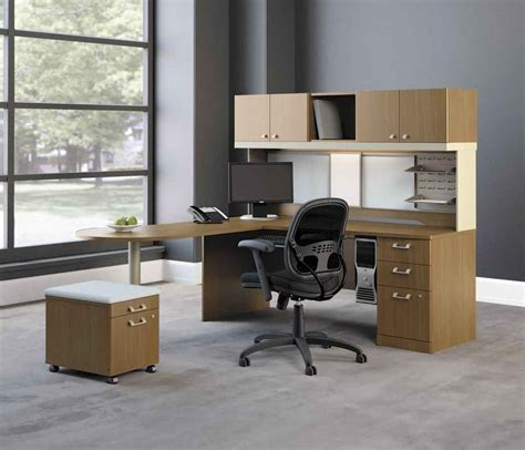 Computer Desk For Office Use by Modern Office Furniture Ideas For Convenient Use