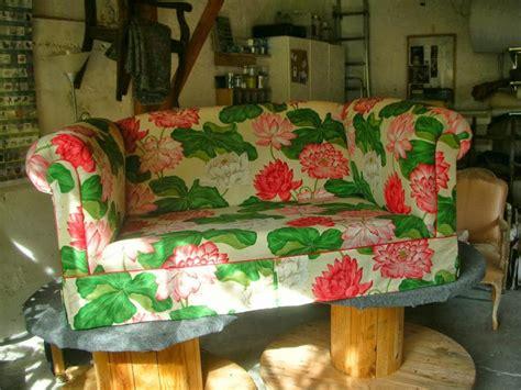 tissu canape photos canapé anglais tissu fleuri