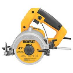 Hand Held Tile Cutters Electric by New Tile Cutter From Dewalt Fix It Yourself