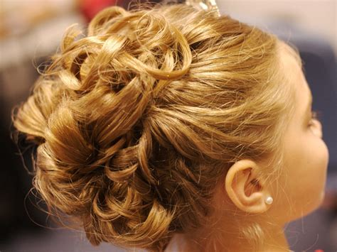 Curly Updo Hairstyle Ideas For Prom And Special Occasions