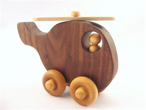 wooden toys tips for buying handmade wooden toys handmadeology