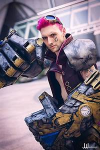 Ryan Brandt Cosplay's Guy VI #Cosplay from League of ...