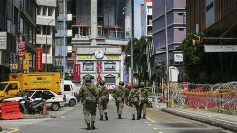 Strict sop will be implemented and all economic sectors will not be. Lockdown Malaysia : Lockdown Malaysia Diperpanjang, TKI Mengeluh Kelaparan ... : Malaysia will ...