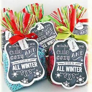 Cozy Toes Free Printable frugal christmas presents}If you