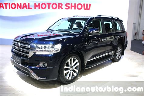 toyota motors india 2016 toyota land cruiser facelift front quarter at 2015