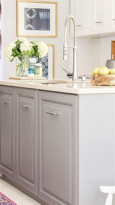 painting painted kitchen cabinets a review of my milk paint cabinets 6 month follow up 7361