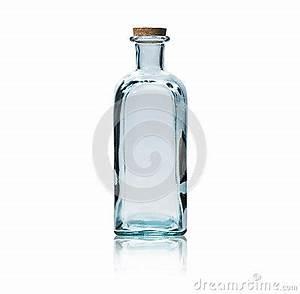Bouteille En Verre Vide : bouteille en verre vide avec le bouchon de li ge photographie stock libre de droits image ~ Teatrodelosmanantiales.com Idées de Décoration