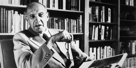 8 Lessons On Effectiveness (from Peter Drucker's Effective