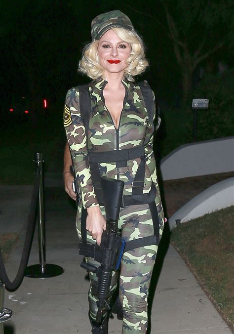 When Is Halloween 2014 Uk by Maria Menounos All The 2014 Celebrity Halloween Costumes
