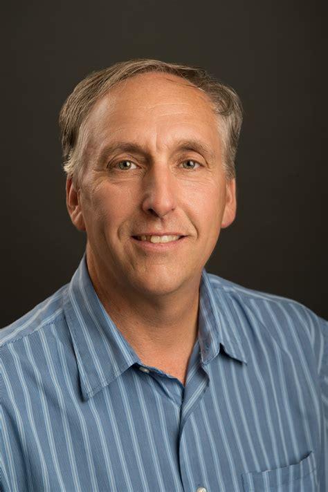 adolfson peterson construction promotes  leadership