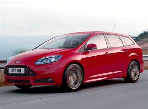 Focus St Wagon by 2012 Ford Focus St Station Wagon Unveiled At Frankfurt