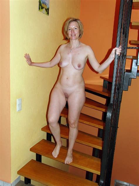 Wow, the best UK Naked Moms. Full-size picture #16