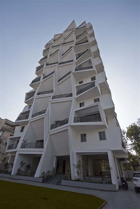 Pin D Iconic Black White 01 gallery of ishatvam 9 sanjay puri architects 10