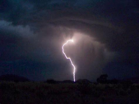 Mit Blitzen by Gewitter Blitze Erde Und Natur Meteorologie Goruma