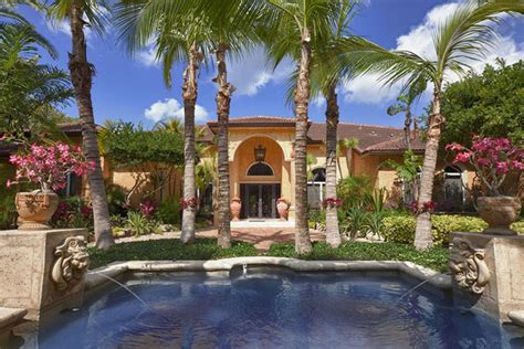 10 Miami Homes Mom Would Love Houses With Beautiful